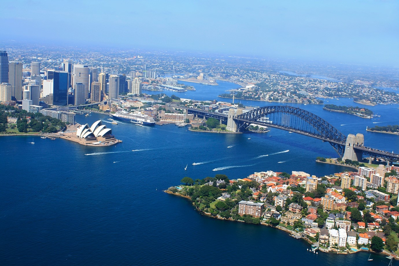Writing the Perfect Airbnb City Guidebook for Sydney